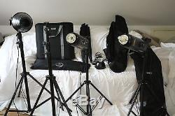 Bowens Esprit studio lighting kit 3 flash units with stands and accessories