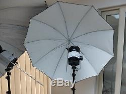 Bowens Studio lighting complete portable outfit